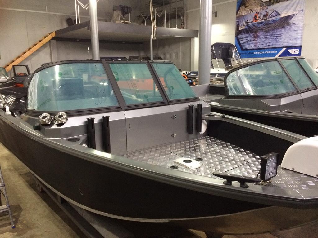 Тент на лодку «Волжанка 460»